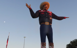 Big Tex welcomes attendees at the State Fair of Texas. Photo by The Signal reporter Macy Colello.