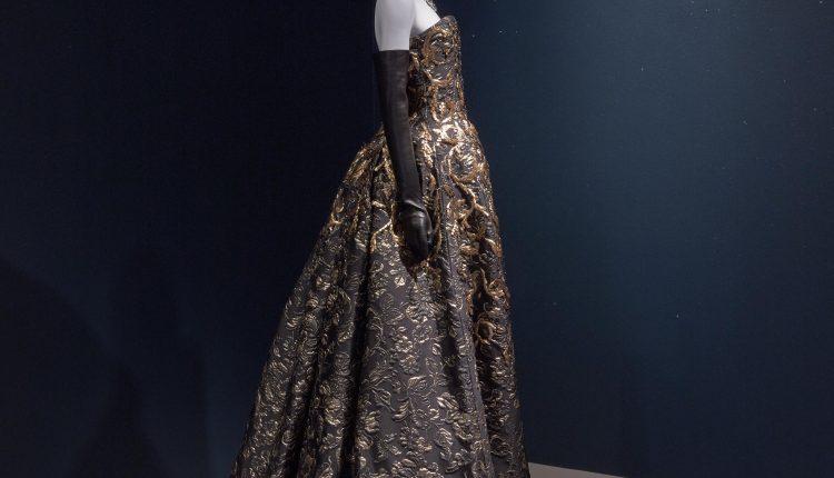 PHOTO: Oscar de la Renta evening dress from fall 2014. Photo courtesy of Thomas R. DuBrock.